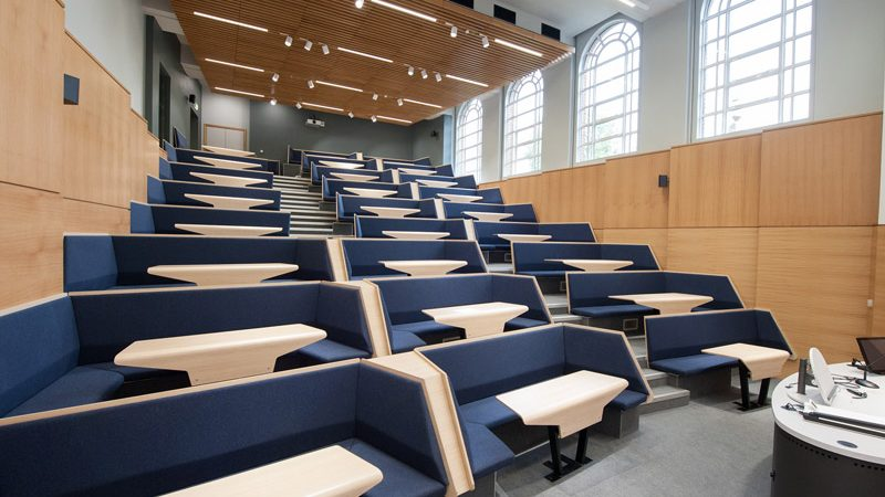 lecture-theatre-seating